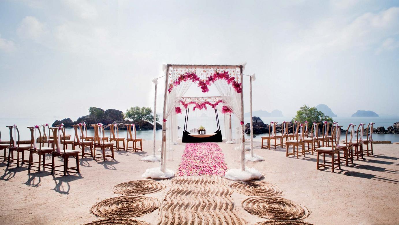 40-phulay-beach-wedding