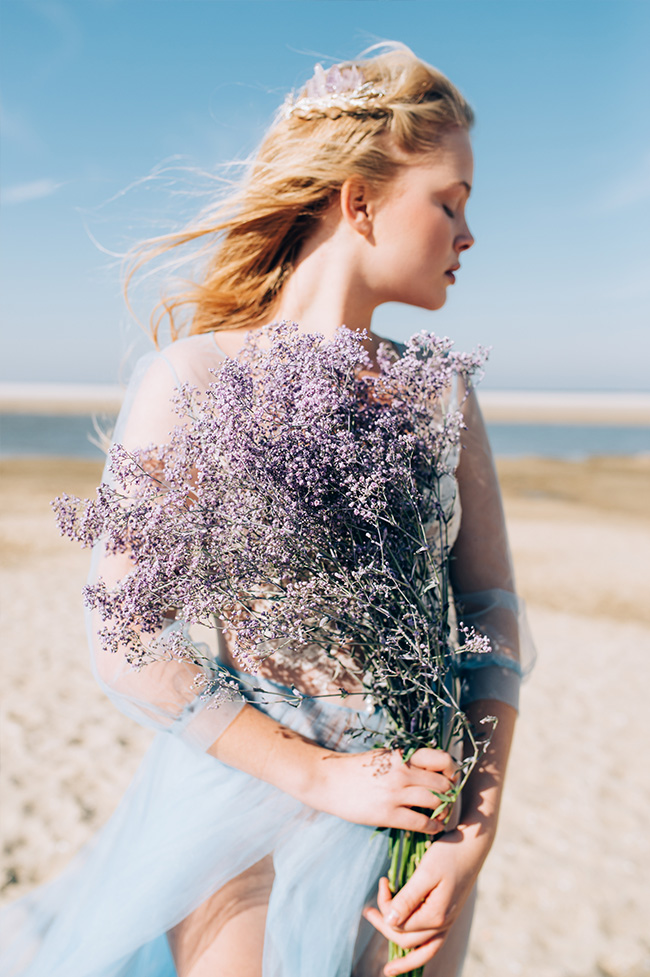 Ethereal-Mermaid-Editorial-Naturae-Designs-Truly-and-Madly-Wedding-inspiration-www.trulyandmadly.com-13
